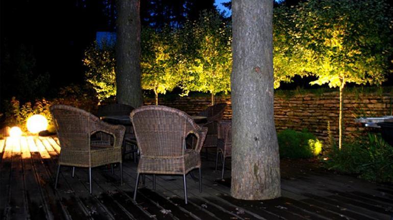 Садовая гостиная